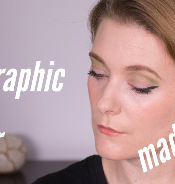 Wearable Makeup Trends 2019 - Green Graphic Liner